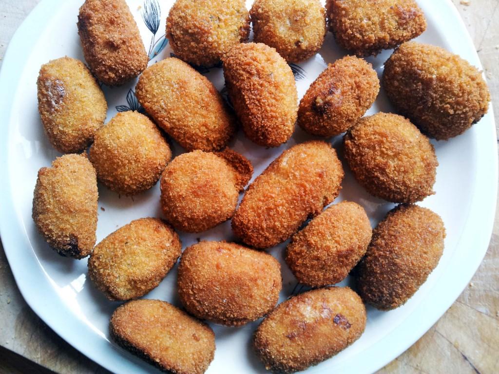 Bechamel Croquetas (Jamón)